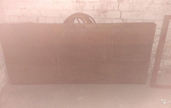 Металеві двері з коробкою