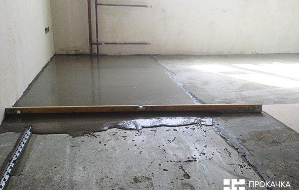 Стяжка підлоги по маяках