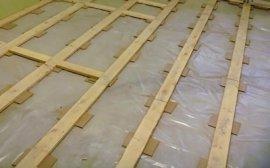 Лаги для вирівнювання підлоги фанерою